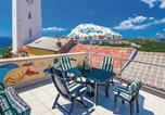 Location vacances Novi Vinodolski - Three-Bedroom Holiday home with Sea View in Novi Vinodolski-1