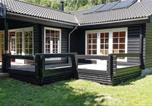 Location vacances Frederiksværk - Three-Bedroom Holiday Home in Frederiksvark-3