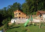 Location vacances Luxeuil-les-Bains - Cora Venez-1
