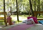 Camping avec Site nature Rives - La Parenthèse - Camping Les Ormes-1