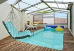 Location vacances La Sauvetat - Holiday Home Rue du Petit Corent-1