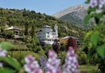 Location vacances Jausiers - Apartment Chateau Des Magnans.12-4