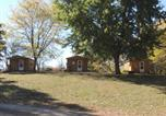 Camping Joliet - O'Connell's Yogi Bear Studio Cabin 1-1