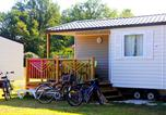 Camping avec Piscine Rivières - Camping Les Pommiers d'Aiguelèze-4