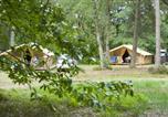 Camping avec Club enfants / Top famille La Chartre-sur-le-Loir - Huttopia Lac de Sillé-4