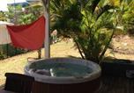 Location vacances Sainte-Anne - Chambre et salle de bain privée à Ste Anne-1