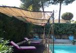 Location vacances Gémenos - Odalys Villa avec Piscine à Aubagne-1