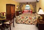 Hôtel Runaway Bay - Rooms On The Beach Ocho Rios-1