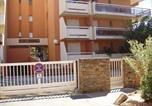 Location vacances Bord de mer de Le Lavandou - Apartment Les sables d'or-4