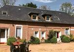Location vacances Saint-Gatien-des-Bois - Gite la porte rouge-1