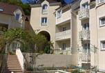 Hôtel 4 étoiles Villiers-le-Mahieu - La Villa Des Impressionnistes-1