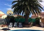Location vacances Torreilles - Large Holiday Home Torreilles with 15 metre Pool-3