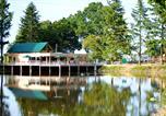Camping avec Chèques vacances Maisons-Laffitte - Village Huttopia Senonches-1