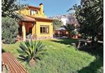 Location vacances El Masnou - Four-Bedroom Holiday Home in El Masnou-1