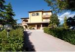 Location vacances Gualdo Cattaneo - Casale Ulivi-4