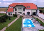 Location vacances Illmitz - Urbarialhof-3