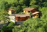 Location vacances Quincoces de Yuso - Las Casas de La Cascada-2