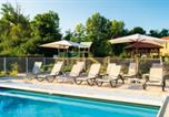 Location vacances Saint-André-et-Appelles - Residence Lagrange Vacances Le Clos des Vignes