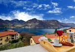Location vacances Monte Isola - Apartment Andromeda-1