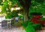 Location vacances Villeneuve-lès-Avignon - Apartment with Garden and Spa-1