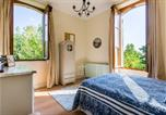 Location vacances Montignac-Toupinerie - Chateau Seyches