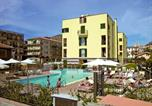 Location vacances Borgio Verezzi - Apartment Le Saline.2-3