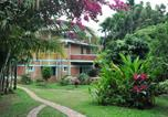 Location vacances Kushalnagar - Homestay accommodation with a water park by Guesthouser-1