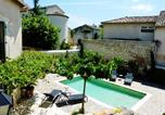 Location vacances Plan-d'Orgon - –Holiday home Avenue Montmajour-3