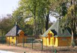 Villages vacances Flée - Camping de la Croix d'Arles-1