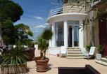 Location vacances Pouzolles - Maison Butterfly-3