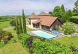 Location vacances Saint-Médard-d'Excideuil - La Petite Tour-1