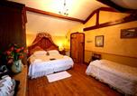 Hôtel Bradford-on-Avon - The Beeches Farmhouse B&B and Pigwig Self Catering Cottages-3