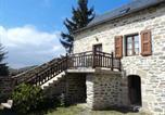 Location vacances Aumont-Aubrac - Gite Combret-3