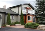Location vacances Peterborough - Kawartha Estate Cottage on Pigeon Lake-3