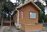 Villages vacances Homosassa - Crystal Isles Cabin 9-2