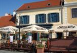 Location vacances Kőszeg - Hotel Portré-1