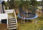 Location vacances Trosa - Holiday Home Nynashamn with Fireplace I-3