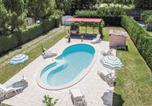 Location vacances Viens - Holiday Home Avenue des Plantiers - 02-2