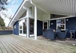 Location vacances Gilleleje - Three-Bedroom Holiday home in Gilleleje 20-1