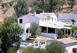 Location vacances Riogordo - Holiday Home El Olivo-3