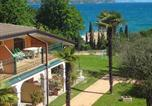 Camping  Acceptant les animaux Italie - Desenzano Camping Village-2