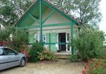 Camping avec Chèques vacances Bourgogne - Village chalets Le Rû du Pré-3