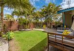 Location vacances Coolum Beach - Surf Club House, Pet Friendly, Sunshine Coast, Holiday House, Marcoola-1