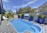 Hôtel Shoal Bay - Shoal Bay Beach Club Apartments-4