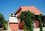 Location vacances Kukljica - Apartments Juric-1