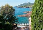Location vacances Théoule-sur-Mer - Tiara Villa Azur-1