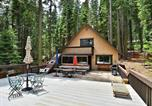 Location vacances Homewood - West Shore Cabin-1