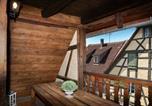Location vacances Bennwihr - Un balcon sur les toits-1