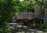 Location vacances Colombiers-sur-Seulles - Appartement rue des Breques-2