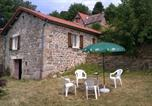 Location vacances Chalmazel - Gîte Du Châtaignier-1